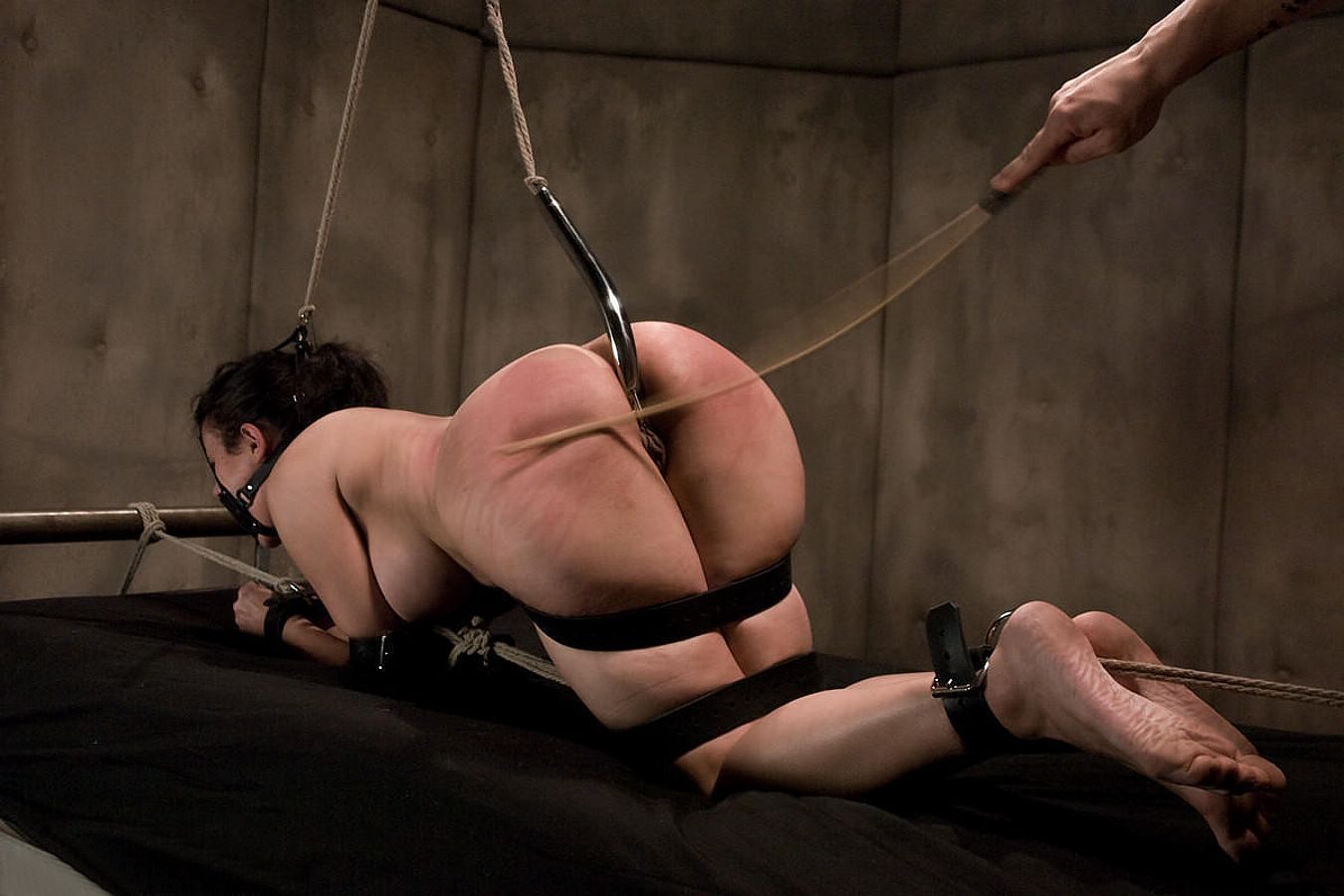 smotret-video-bdsm-besplatno-bez-registratsii
